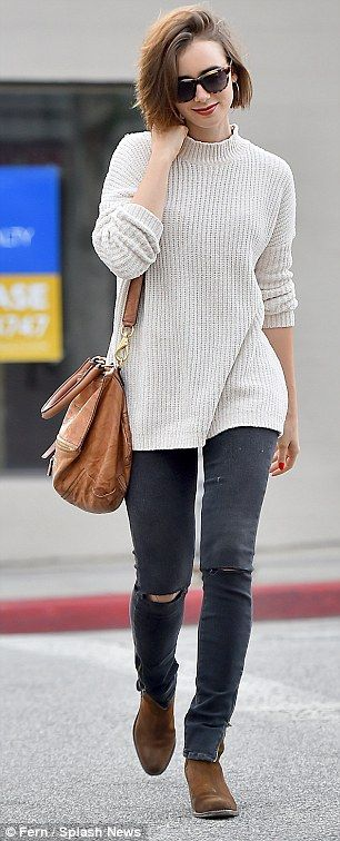 Just love Lily Collins style, comfy and casual!