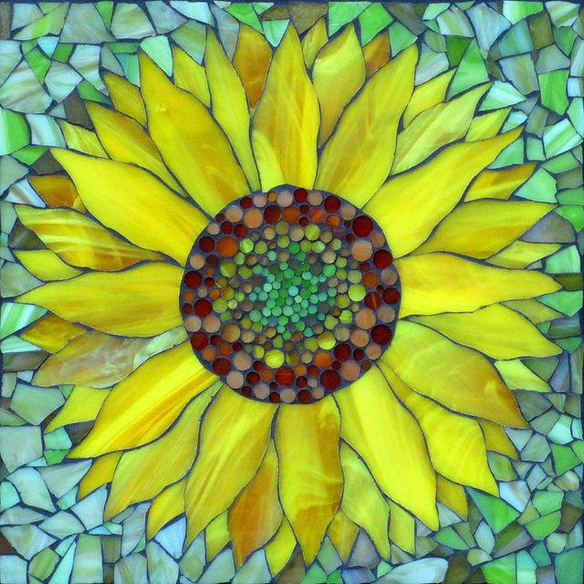 Felicity Ball mosaics: Mosaic flowers!