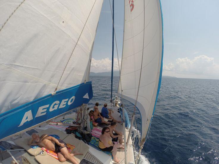 sailing fro Skiathos to Skopelos on the AEGEO sailing yacht