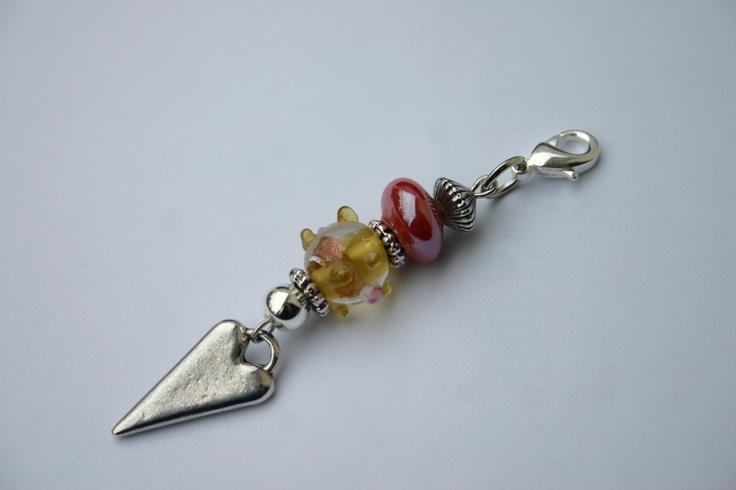 liebevoll gestalteter Wechselanhänger mit Lampworkperle, Glasperle und versilbertem Herzanhänger  ...