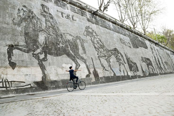 William Kentridge, Triumphs and Laments, piazza Tevere, Rome