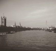 River Thames by Eliza Gwynne