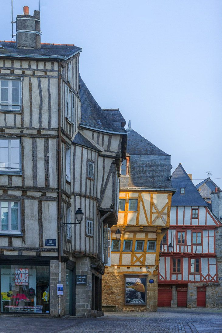 La Ville de Vannes, Morbihan France by hubert61