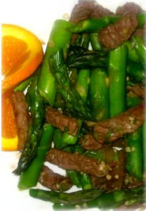 hcg-recipes-steak-and-asparagus-stir-fry...1 lb. lean sirloin, cut into thin strips ½ inch wide and 2 inches long* 4 c. asparagus, stems removed, cut into 1 inch pieces ¾ c. beef broth ½ c. green onion, coarsely chopped 4 cloves garlic, coarsely chopped 2 T. fresh ginger, peeled and coarsely chopped ½ med. red onion, sliced 2 T. braggs amino acid