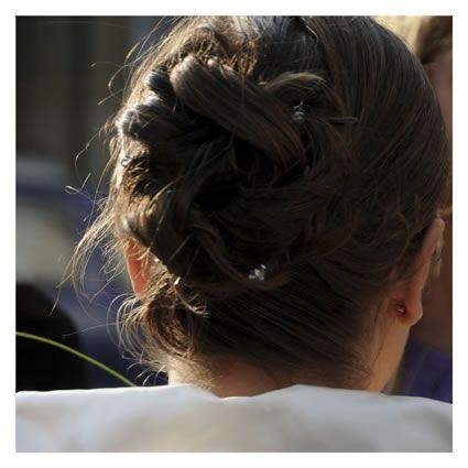 acconciature capelli sposa pettinature raccolto morbido