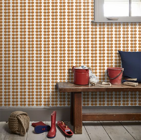 Bersa retro Scandi wallpaper by Borastapeter we love the simplicity of this design by Stig Lindberg, first used on ceramics. Perfect retro design that is still as fresh today. For all the colours go to our website and order a sample.