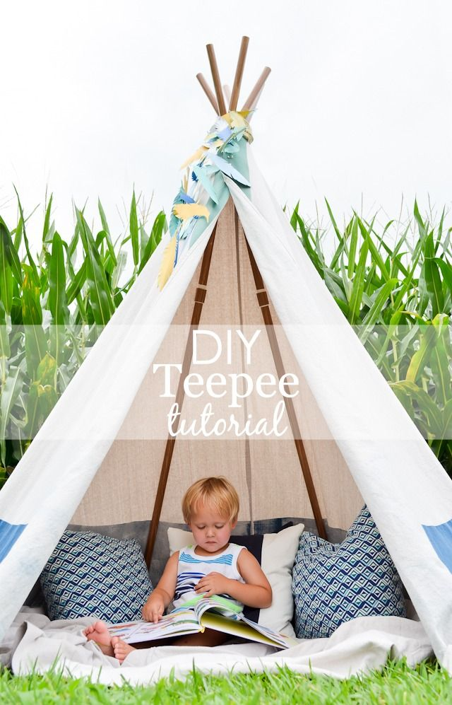 DIY No-Sew Teepee (with tutorial) - This is perfect for the transitional nursery, kids room or playroom!Baby Teepee Diy, Diy Teepee Tutorial, Diy Teepee No Sew, Diy Baby Teepee, Diy Tepee, Diy Toddler Teepee, Diy Kids Teepee, Diy Teepees, Diy No Sew Teepee