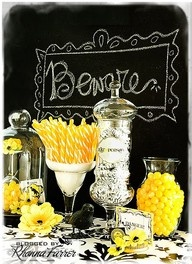 decoratingYellow Candies, Halloween Parties, Treats Buffets, Chalkboards Painting, Candies Buffets, Chalkboards Halloween, Black White Yellow Parties, Black Yellow Sweets Tables, Halloween Treats