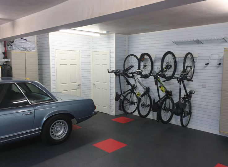 Beautiful Tiled Floor, Wall Cabinets And Plenty Of Storage Shelving In This  Garageflex Garage Images