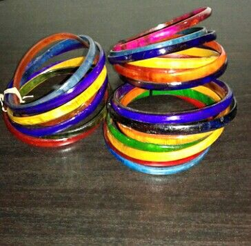 colorfull Bracelet made with zebu  horn from Madagascar ... www.tropicolormg.it