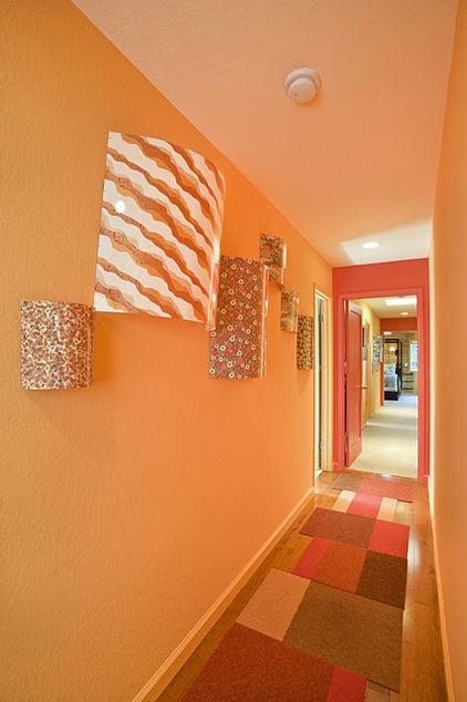 Modern hall by Susan Diana Harris Interior Design