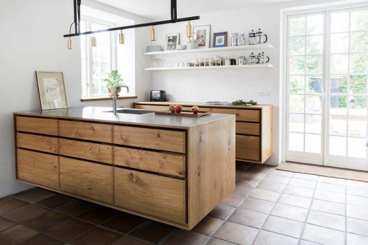 Massgeschneiderte Küche aus Massiv Dinesen-Holz – BY NORDIC HANDS