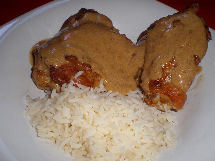 Pollo en adobo filipino