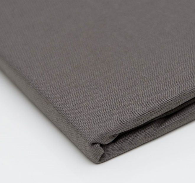 """Hoydu Veronica Tablecloth Salte Grey.  These solid colour cotton table linens have been designed for both classic and contemporary living, and are the smart choice for casual or formal, indoor or outdoor dining.  Available in: 180cm (71"""") Round - 6 to 8 ppl. 180x180cm (71"""" x 71"""") Square - 6 to 8 ppl. 180x220cm (71"""" x 87"""") Oblong - 6 to 8 ppl. 180x260cm (71"""" x 103"""") Oblong - 8 to 10 ppl. 180x310cm (71"""" x 123"""") Oblong - 10 to 12 ppl. 180x400cm (71"""" x 157"""") Oblong - 12+ ppl."""