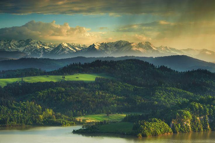 Spring in Tatras  Photo by Marcin Kesek