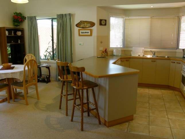Kaye's Cottage, a Bright House | Stayz