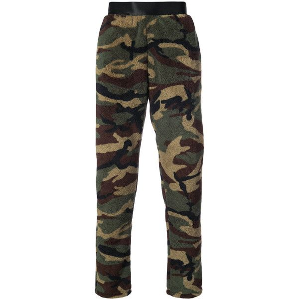 Faith Connexion fleece camouflage trousers (730 CAD) ❤ liked on Polyvore featuring men's fashion, men's clothing, men's pants, men's casual pants, green, mens camo pants, mens green pants, mens army green cargo pants, mens army pants and mens fleece pants