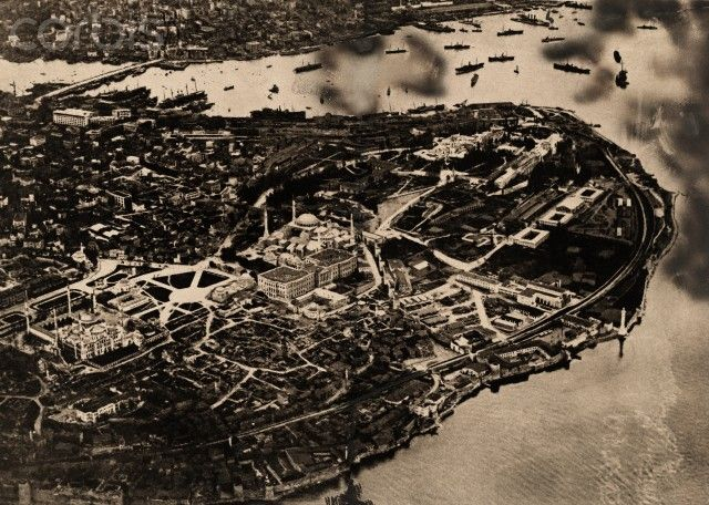 An aerial view of Istanbul 1921