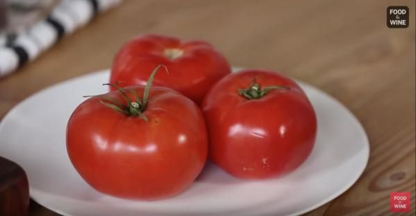 He Rubs a Tomato on a Cheese Grater. In Only a Minute He's Made THIS