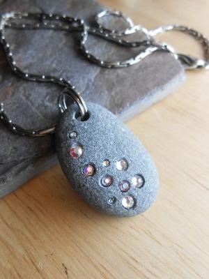 Beach stone jewelry stone necklace by wteresa   – Yüzükler ve Takilar