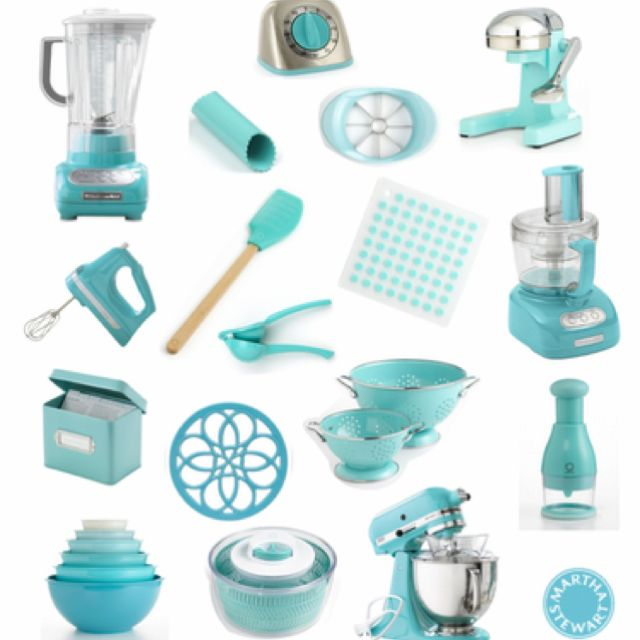 turquoise kitchen accessories! Love this and can mix it with light pink! I so want all thid