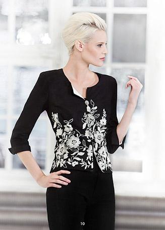 Beautiful embroidered blazer. KRISS Sweden design