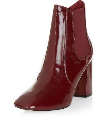 - Block heel- Elasticated sides- Patent finish