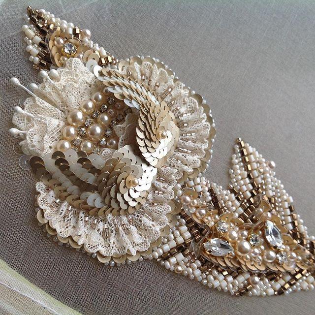 Готова упорхнуть...#украшение_от_Людмилы #бабочка #бисер #вышивка #пайетки #брошь#broosh #embroidery #boterfly