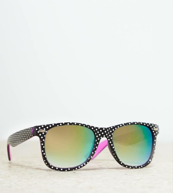 18 best EDITOR\'S PICKS – STATEMENT SUNNIES images on Pinterest ...
