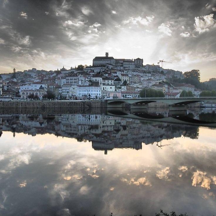 Coimbra quando acorda tambem se ve ao espelho