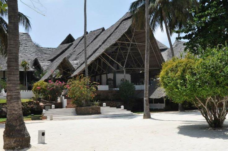 Sandies Mapenzie Beach Resort