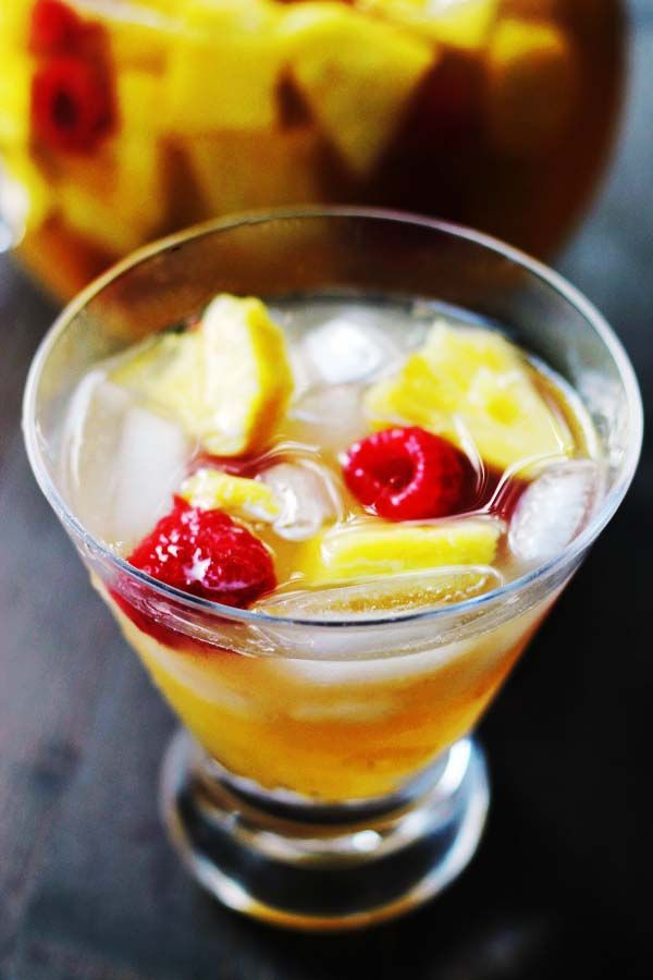 Sangria Blanca | Under the affluence of incohol | Pinterest