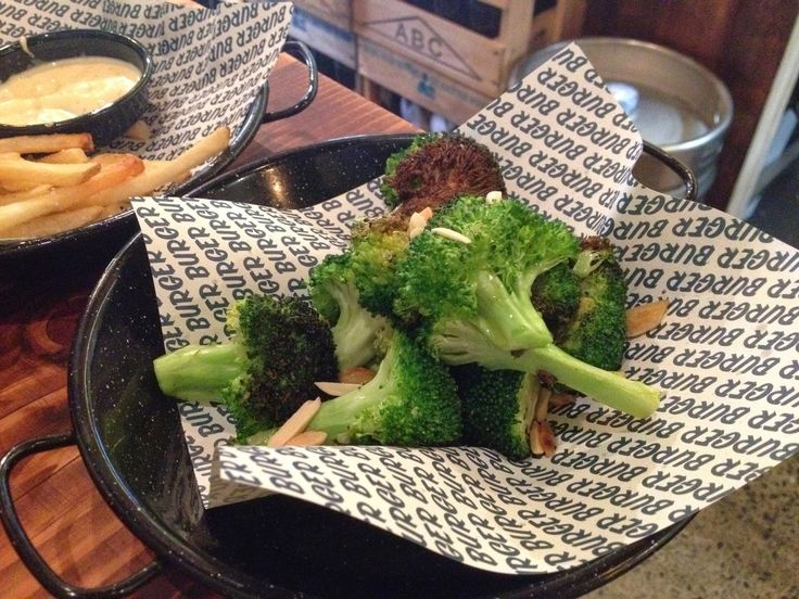 Garlicky Charred Broccoli with almonds