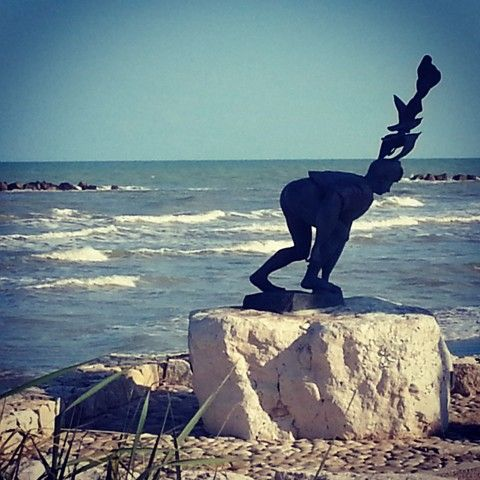 Visit Grottammare - Pericle Fazzini's sculpture near the sea