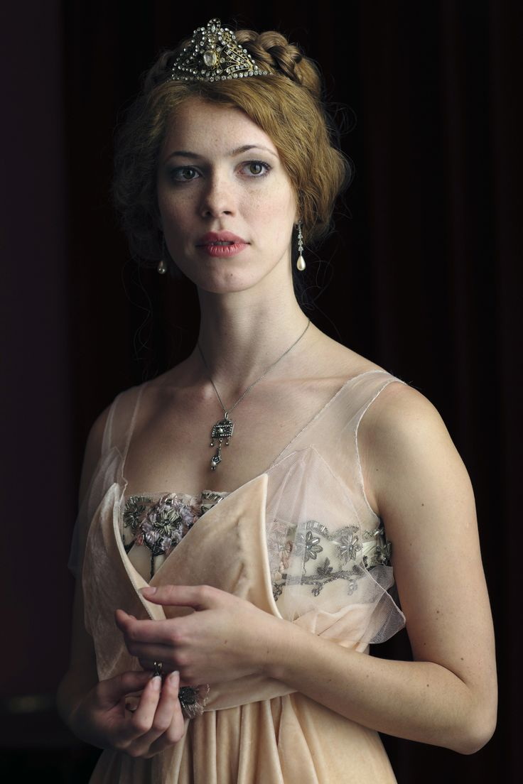 Rebecca Hall, Sylvia Tietjens - Parade's End (TV-Series, 2012) #fordmadoxford Costume Design by Sheena Napier