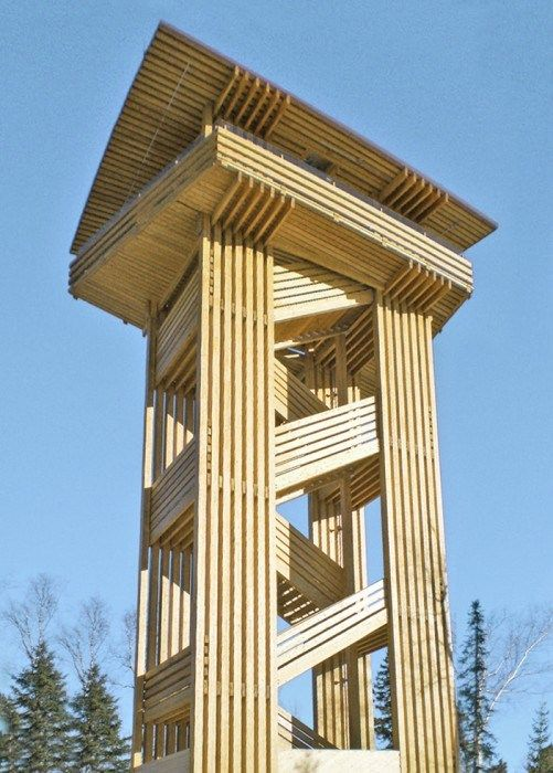 Lookout tower - Québec;  photo by Hubertus Punzmann/Nordic Wood Structures