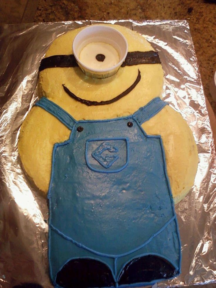 8d42dcfe97073b3bd6a15a4dbf73d006 Minion Birthday Cake Pan