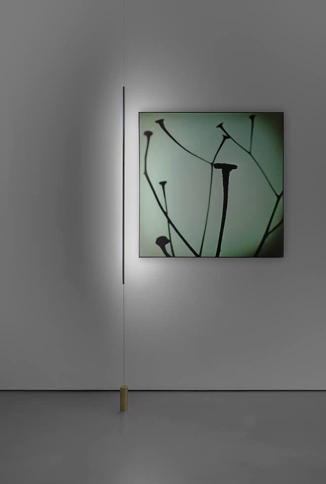 "DAVIDE GROPPI presentando la lámpara ""Masai"", diseño de Maurizio Mancini, ideal para cuadros, conectable una toma de corriente normal. Un homenaje a Alberto Giacometti y sus figuras sutiles. Foto: Fausto Mazza #isaloni #isaloni2015 #DavideGroppi #euroluce2015 #MaurizioMancini #euroluce #milanfair #contemporarydesign #designlovers #diseñocontemporáneo #lightup #lightdesign #milandesignweek2015 #fieramilano #milandesignweek #salone2015 #salonedelmobile2015 #salonedelmobile"