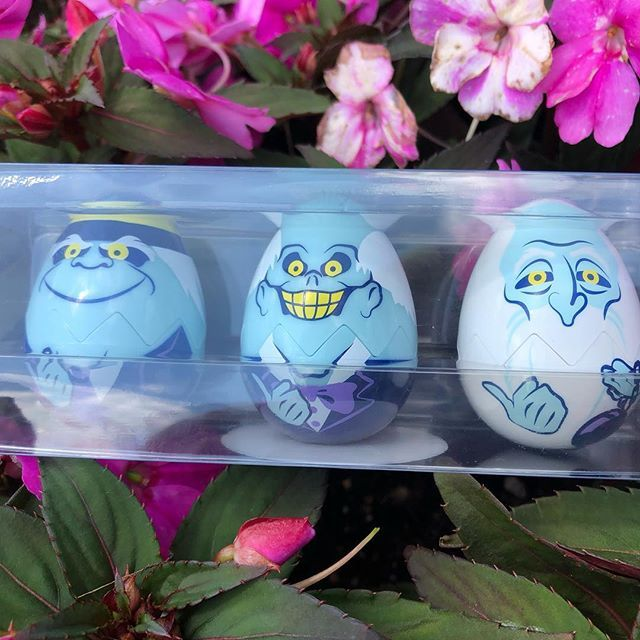 Grim Grinning Eggs Come Out To Socialize The Hitch Hiking
