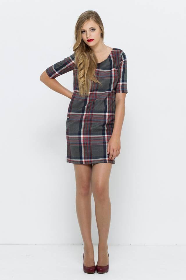 sukienka oversize w kratę VISSAVI