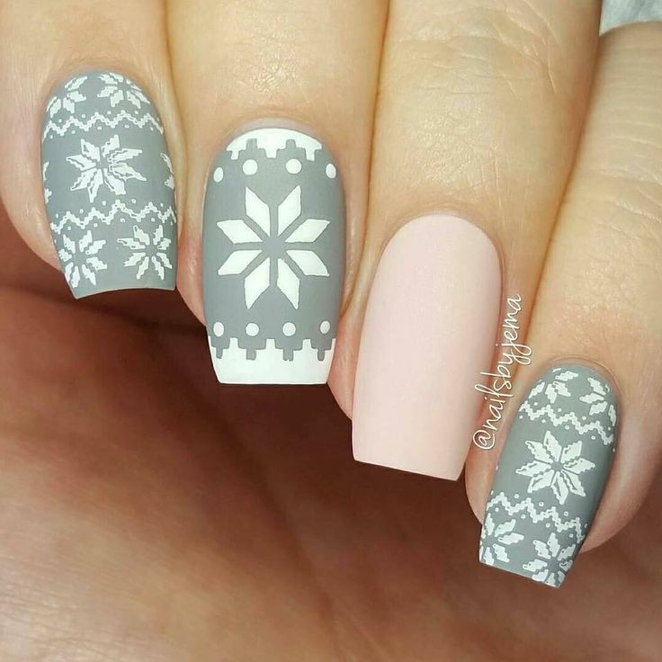 Navidad nails