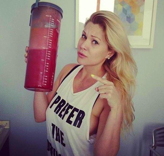 Shanna Moakler Liposuction Photo: Yup, That's 2.5 Liters of Lard