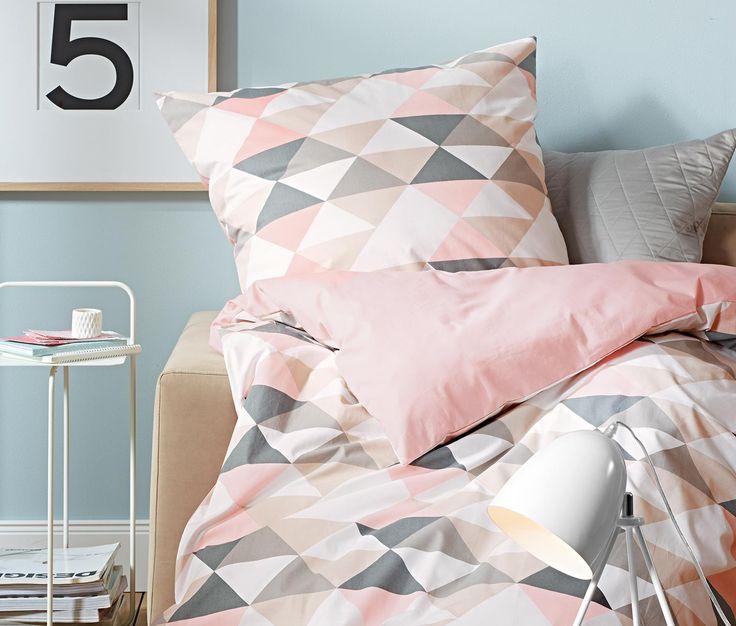 22,95 € Diese hübsche Bettwäsche in pflegeleichter Renforcé-Qualität ist traumhaft weich und glatt. Das hautsympathische Material ist zudem saugfähig und temperaturausgleichend – ideal für alle, die es nachts nicht zu warm mögen.