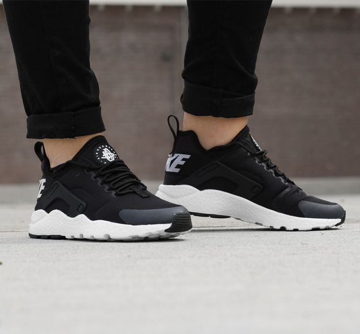 Nike Huarache Black And White Girl