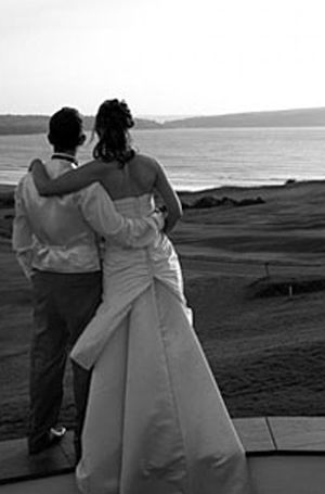 Weddings | Newport Sands The golf course is all that lies between you and the sea!