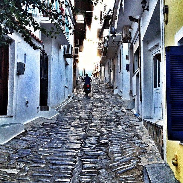 Σκιάθος (Skiathos) itt: Σκιάθος, Μαγνησία