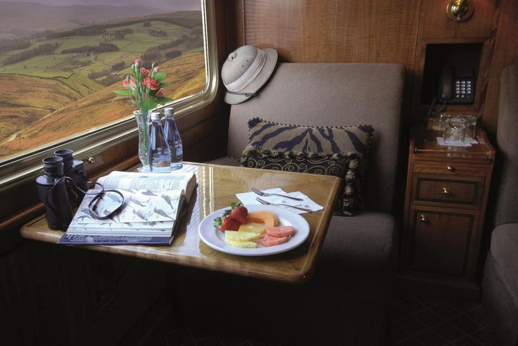 The Blue Train De Luxe Suite