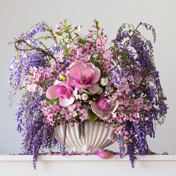 'Wisteria, Cherry Blossom, Magnolia and Dandelion, 3.29 pm'. Image by Emma Bass