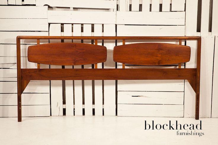 Best Mid Century Danish Modern Walnut Lane Rhythm King Size 400 x 300