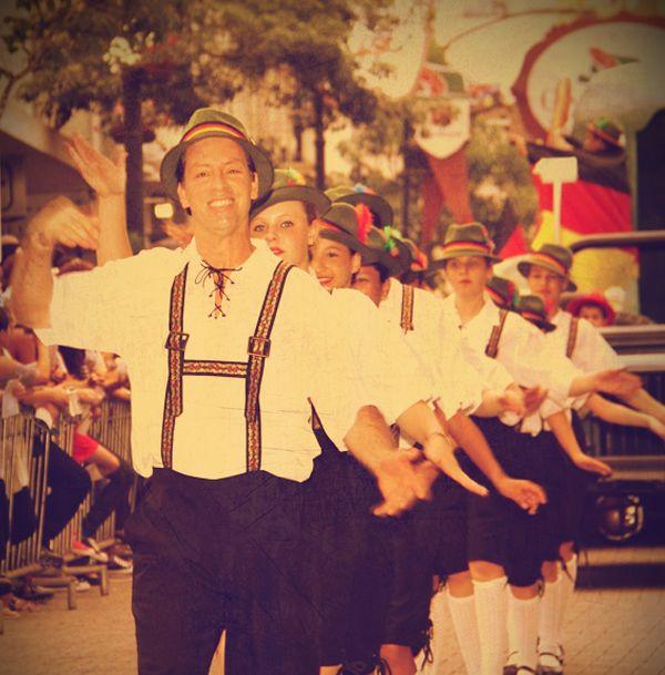 Desfila Rua XV !!! Blumenau